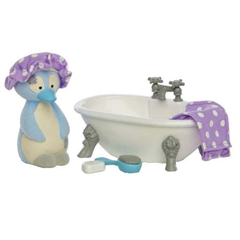 Chilly the Penguin My Blue Nose Friend Figurine and Bathroom Pack  £7.99