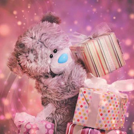 3D Holographic Birthday Presents Me to You Bear Card  £2.99