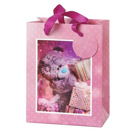 Medium 3D Holographic With Presents Me to You Bear Gift Bag   £3.99